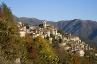 story of abandoned italian towns