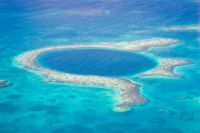 Un biologiste marin découvre un nouveau Trou Bleu sur Google Maps