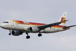 Iberia ya ha comenzado a operar sus vuelos directos a shanghai