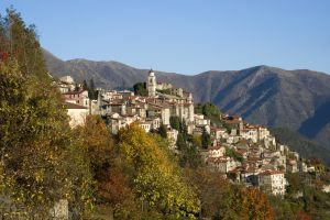What happened to these abandoned Italian towns?