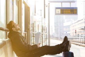 Diebstahlrate an Bahnhöfen um 25 gestiegen - So schützen Sie sich