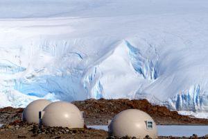 White Desert  un hôtel luxueux se cache en Antarctique