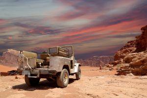 viajar a jordania actividades de aventura