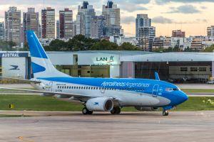 argentino estafa aerolinea viaja gratis