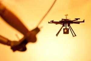 disney world orlando prepara especatulo de navidad con drones