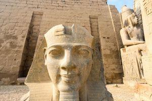 Scoperte in egitto una città di 7000 anni fa e una mummia plurimillenaria