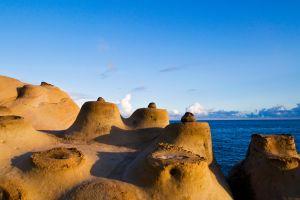 il parco yehliu di taiwan e le sue rocce marziane