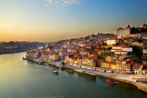 Astuce  Un billet d'avion vers Porto pas cher c'est possible !