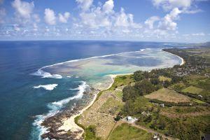 mauricio la isla del oceano indico con cascada submarina