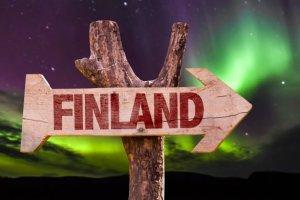 Finlande, Stonehenge et chemtrails  les théories du complot touchent le tourisme