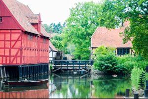 Paphos und Aarhus sind Europas Kulturhauptstädte 2017