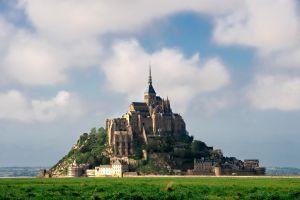 Mont-Saint-Michel une nécropole médiévale a été découverte