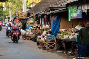 VIDEO Mit der Retro-Kamera durch Indonesien