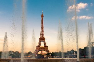 Automne 2017  la Tour Eiffel emmurée