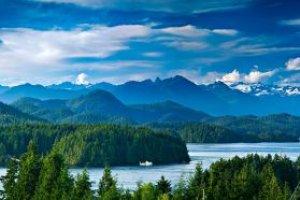 Canada exploring Vancouver Island wild west coast trail