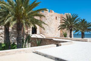 Un Séjour à Djerba, l'Île des rêves de la Tunisie avec un Billet d'Avion Pas Cher Lyon - Djerba