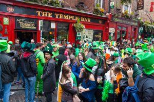 Billet d'avion pas cher de Paris vers Dublin pour fêter la Saint Patrick en Irlande