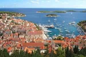 De la Croatie à l'Italie en passant par l'Indonésie voici les 10 îles où partir cet été