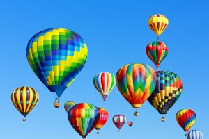 Erstes Internationales Heißluftballon-Festival in Portugal