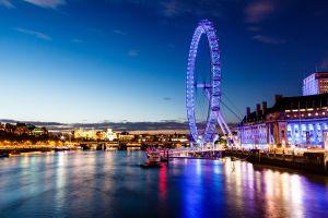 Im London Eye übernachten? Ja, das geht!