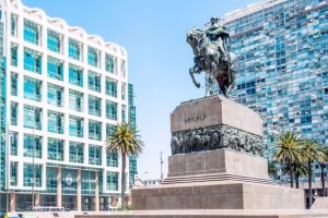 places to go 48 hours in capital of Uruguay Montevideo