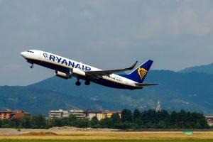 Ryanair lancia 100mila posti a cinque euro per 12 ore il 22 marzo