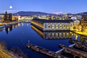 un paseo nocturno por Ginebra