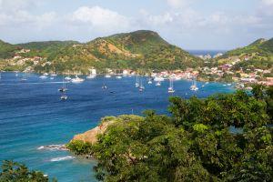 Voyage au mois d'avril, les meilleures destinations  Martinique, Suède...