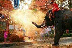 songkran tailandia guerra de agua mas grande del mundo fiesta ano nuevo
