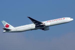 Air Canada un avion part avec une roue manquante