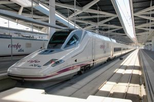 oferta renfe 25000 billetes trenes 25 aniversario ave