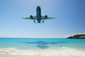 flights top ten airports to land into
