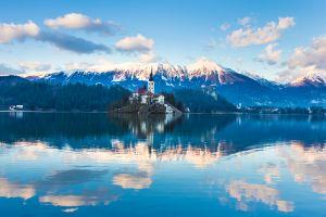 couples places to go alternative romantic destinations
