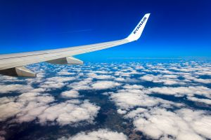 ryanair parte con voli a lungo raggio da madrid all america