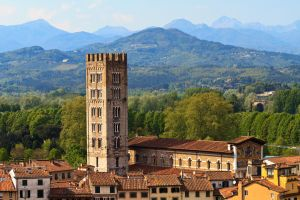 A couple's guide to Tuscany