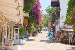 Türkei-Tourismus liegt nahezu am Boden