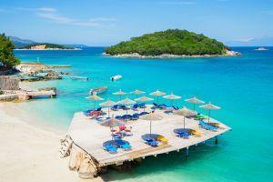 albania meta turistica per estate 2017 con spiagge città e siti archeologici