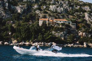 subete a bordo de uberboat y descubre el adriatico la costa dalmata croacia