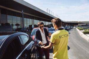 Garer sa voiture à l'aéroport en tout simplicité grâce à Ector parking