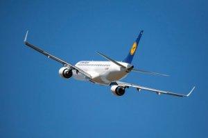 Lufthansa offre ai passeggeri una vacanza con destinazione a sorpresa per 70 euro