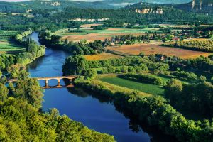 Best way to have an affordable holiday with the kids in France