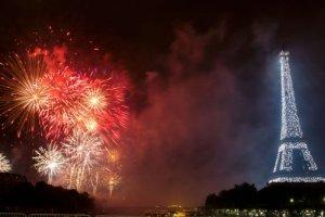 las sorprendentes celebraciones del 14 de julio en paris