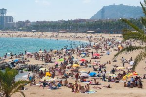Des amendes en Espagne pour les touristes qui jouent au ballon sur la plage