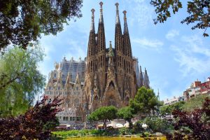 Vidéo de la Sagrada Familia de Barcelone une fois finie