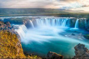 islandia vive una situacion grave los turistas son cada vez menos respetuosos con la naturaleza