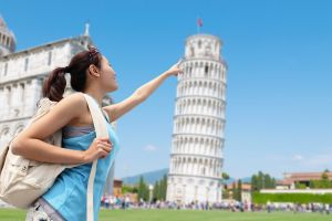 The Ten Worst Tourist Traps In The World