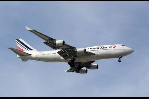 una pasajera de air france que volaba a copenhague finalmente aterrizo en Atenas