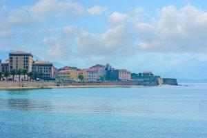 certaines plages de Corse s'amenuisent