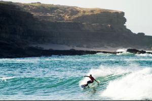 lisboa musa de surfistas planes para hacer surf en ericeira carcavelos costa caparica portugal