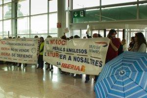 Spagna scioperi aereoporti caos passeggeri